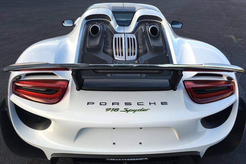 Porsche918_Engine