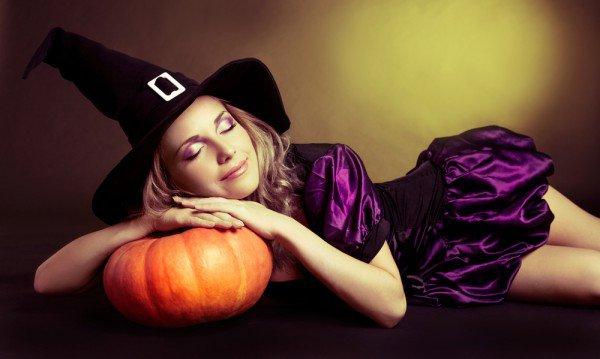 slutty-halloween-costumes-ideas-sexy-witch